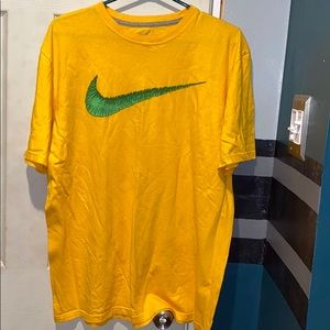 Nike Size XL regular fit tee